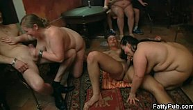 brunette fatty gets screwed at the bar film Pussy in Porno